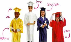 kindergarten_cap_gowns